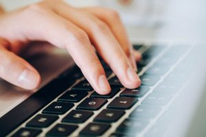 laptop-820274_1920